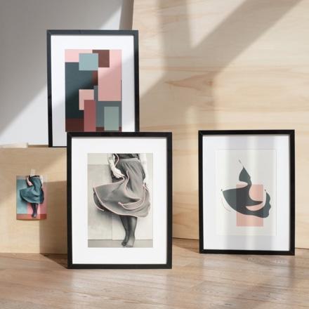 Illustration de Cili Brtn représentant un corps féminin dansant